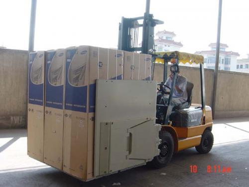 Mbërthenëse e kartonit të bashkangjitur Forklift