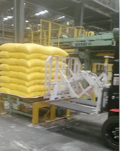 Forklift Pull Attachment Attachment Use In Fertilizer Handling
