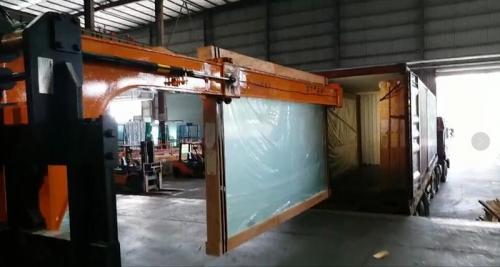 Trajtues xhami hidraulik